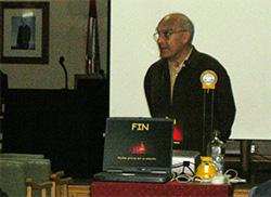Conferencia de Luis García Cacho