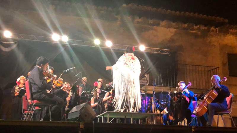 Música Iberoamericana en la Plaza de La Adrada