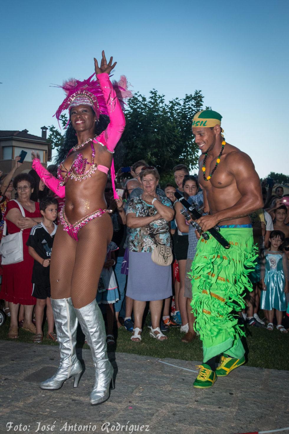 carnaval-de-verano-2015_19628053574_o