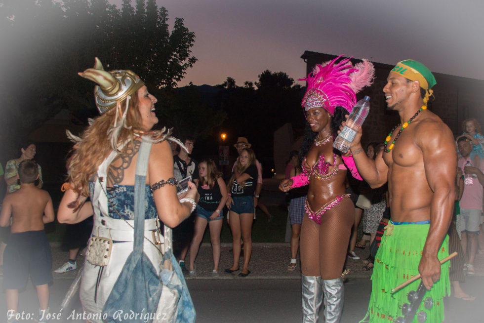 carnaval-de-verano_19667645784_o